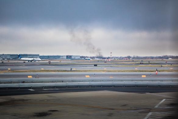 JFK fire on runway