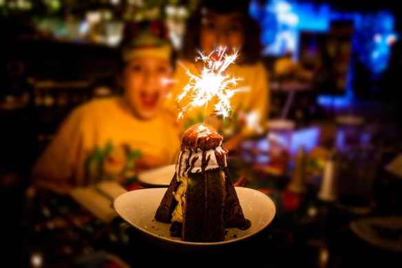 Rainforest Cafe - Volcano